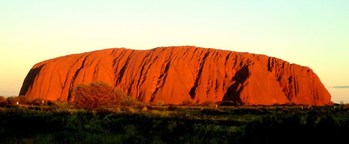 Uluru Viajar a Uluru