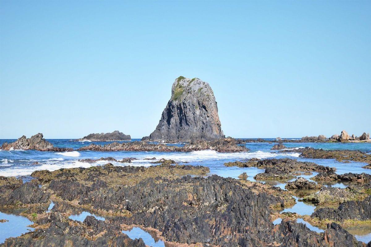 Glass-rock-beach-NSW-Australia
