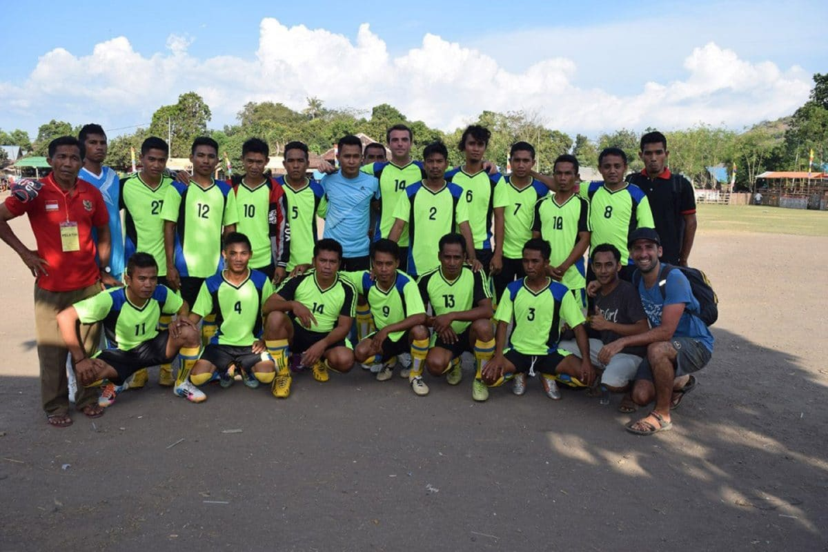 Futbol en Sumbawa, Indonesia, Sudeste Asiático @tiempodexplorar 2016