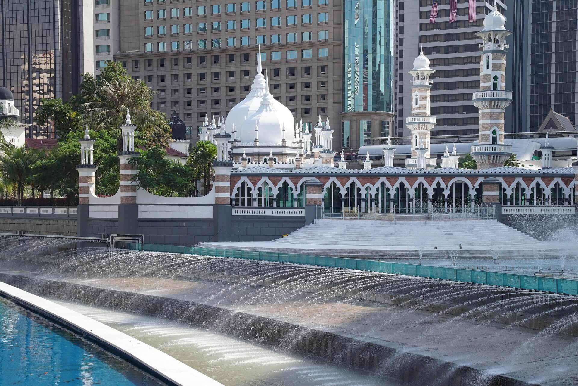 Que ver y que hacer en Kuala Lumpur mezquita