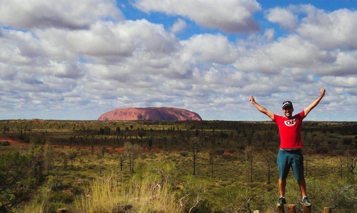Tiempo de Explorar en Uluru. Viajar a Australia barato