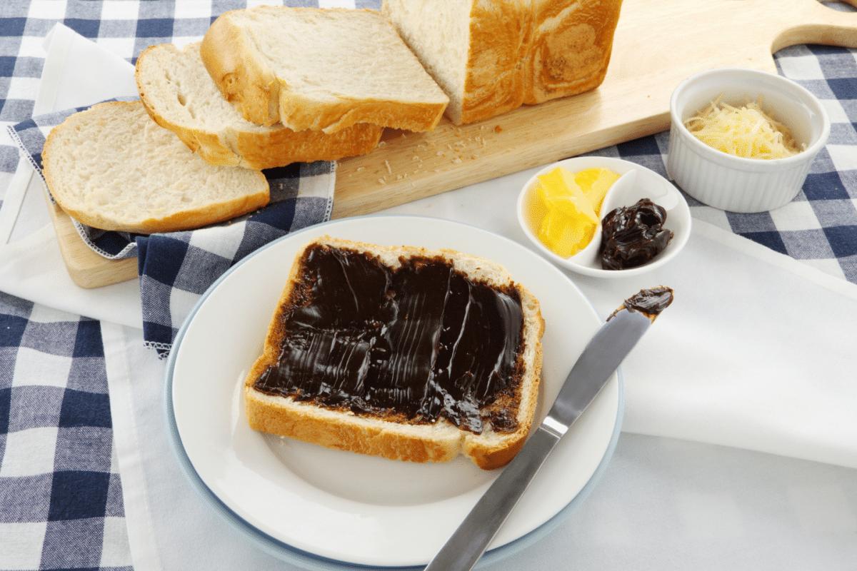 que desayunan en australia vegemite