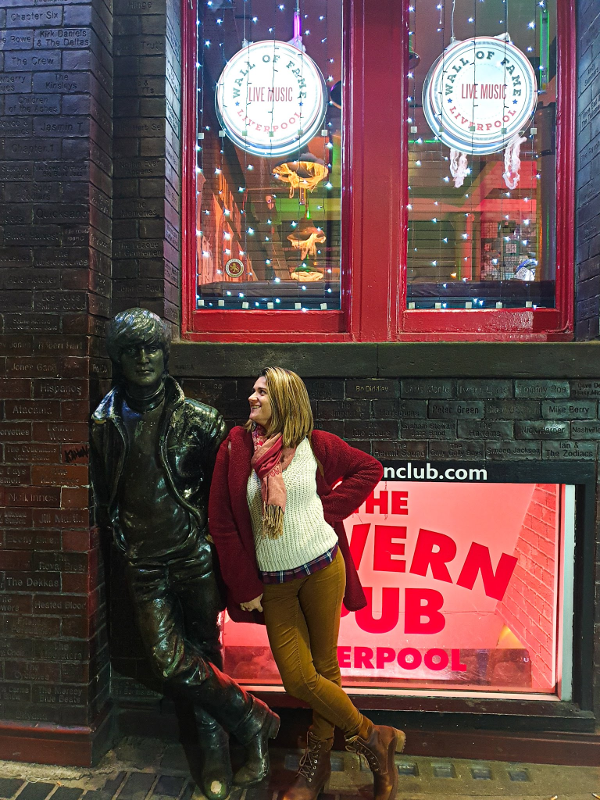 escultura de John Lennon Liverpool